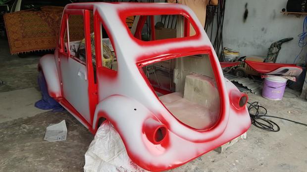 Học sinh lớp 11 Nam Định tự tay chế tạo ô tô điện sạc bằng năng lượng mặt trời: Xe lội nước thoải mái, ai cũng lái được! - Ảnh 10.
