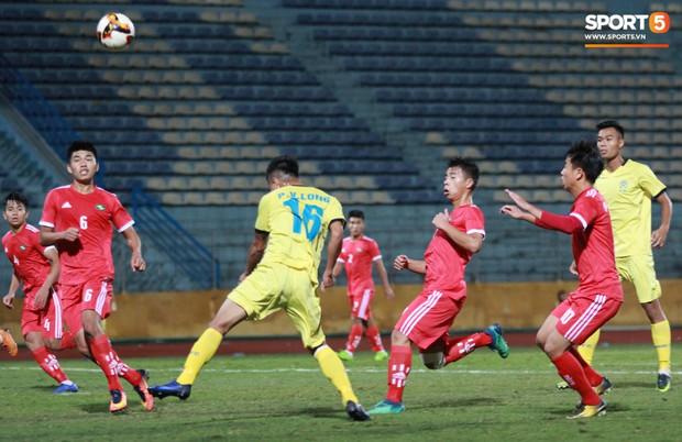 Giành chức vô địch thứ 2 liên tiếp, trung vệ U23 Việt Nam nhớ ơn thầy Park Hang-seo - Ảnh 4.