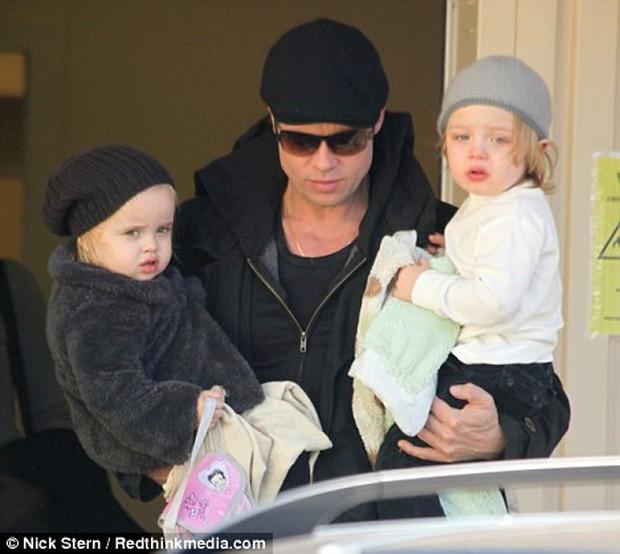 Angelina Jolie khoe 3 con ruột ngày càng cao lớn, thừa hưởng nét đẹp của cả bố lẫn mẹ - Ảnh 9.