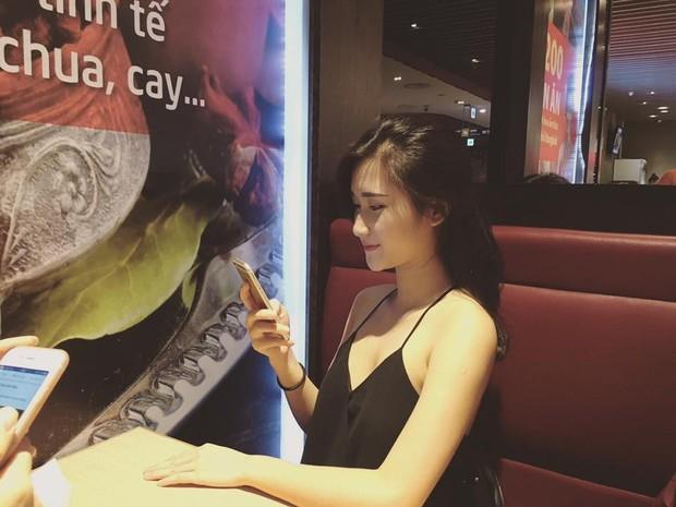 Chân dung bạn gái xinh đẹp của cầu thủ Nguyễn Huy Hùng - người mở tỉ số cho Việt Nam - Ảnh 8.