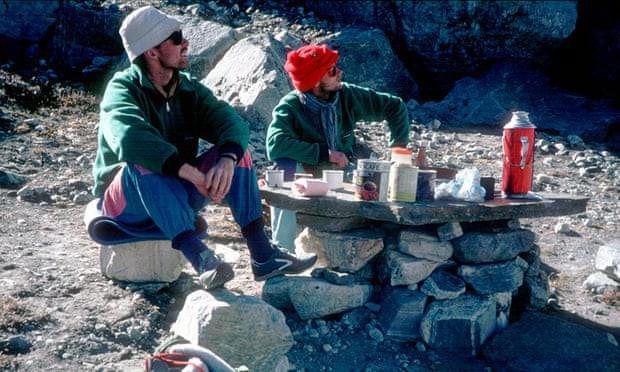 Phát hiện thi thể 2 nhà leo núi mất tích trên dãy Himalaya sau 30 năm, chấm dứt nỗi ám ảnh của người sống sót - Ảnh 2.