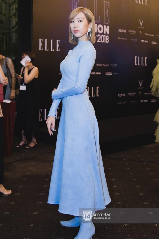 Hiếm hoi lắm mới thấy Mỹ Tâm lên đồ gắt thế này, Jolie Nguyễn phô trương với váy xẻ cao hết cả phần thiên hạ - Ảnh 6.