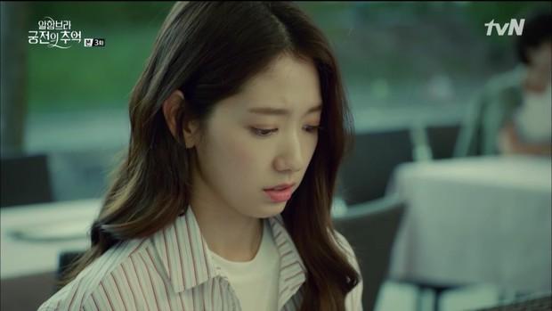 """Loạt bằng chứng cho thấy Hyun Bin vô lại vẫn hoàn vô lại trong """"Hồi Ức Alhambra"""" - Ảnh 6."""