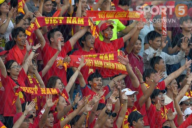 Bóng ma hooligan và nỗi ám ảnh trong văn hóa cổ vũ của CĐV Việt Nam - Ảnh 5.
