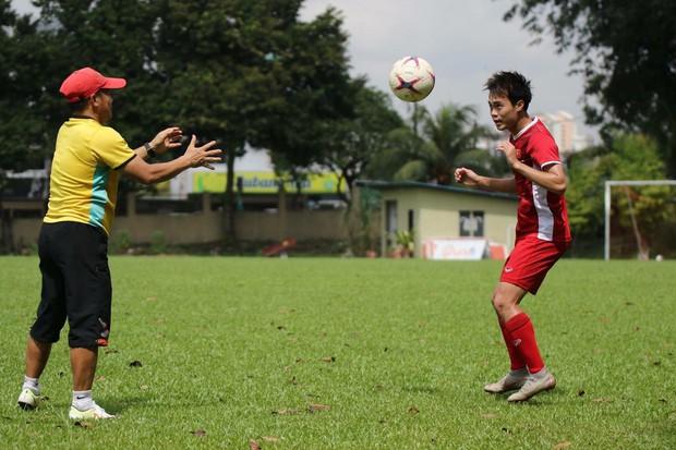 Hà Đức Chinh tập dứt điểm và đá đối kháng sau trận Việt Nam Malaysia - Ảnh 5.