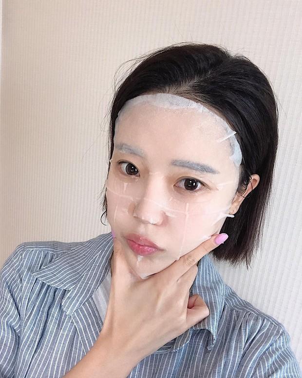 Mùa đông mà đắp mặt nạ theo cách này thì da không những không ẩm mượt mà còn nẻ toác - Ảnh 2.