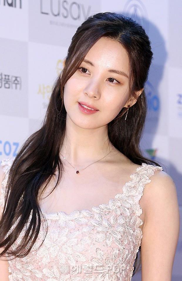 1 ngày sau thảm đỏ, vẻ đẹp thần thánh đến mức nữ thần cũng phải kiêng dè của Seohyun vẫn khiến dân tình điên đảo - Ảnh 7.