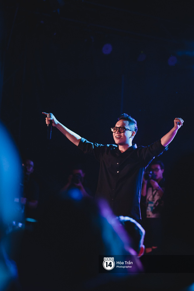 Tiên Tiên làm mới hoàn toàn loạt hit đình đám trong sự nghiệp, kết hợp đặc biệt cùng Đen, Suboi tại concert - Ảnh 11.