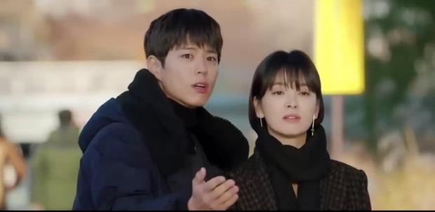 Thả thính dồn dập, cuối cùng Park Bo Gum cũng cưa được chị sếp Song Hye Kyo trong Encounter - Ảnh 2.