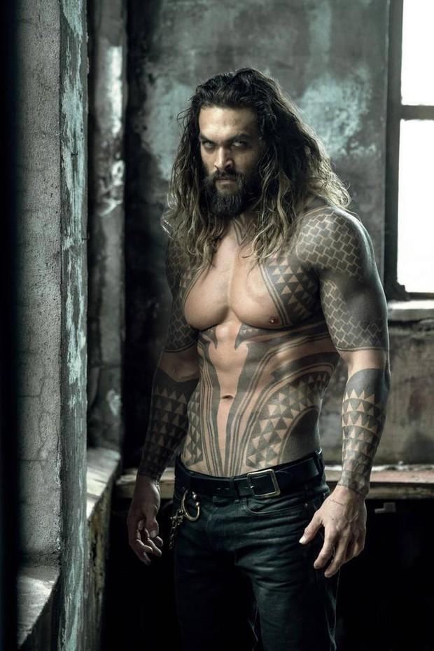 Dàn sao Aquaman: Toàn giai nhân tuyệt sắc nhất Hollywood, đặc biệt soái ca nam chính chung thủy với vợ suốt 13 năm - Ảnh 1.