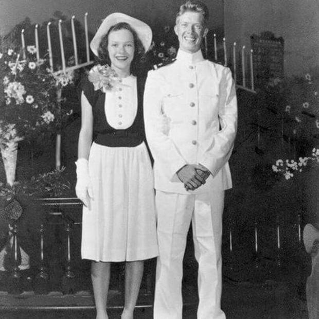 Ảnh: Khoảnh khắc ngọt ngào trong lễ cưới của các Tổng thống Mỹ - Ảnh 3.