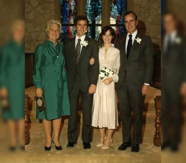 Ảnh: Khoảnh khắc ngọt ngào trong lễ cưới của các Tổng thống Mỹ - Ảnh 5.