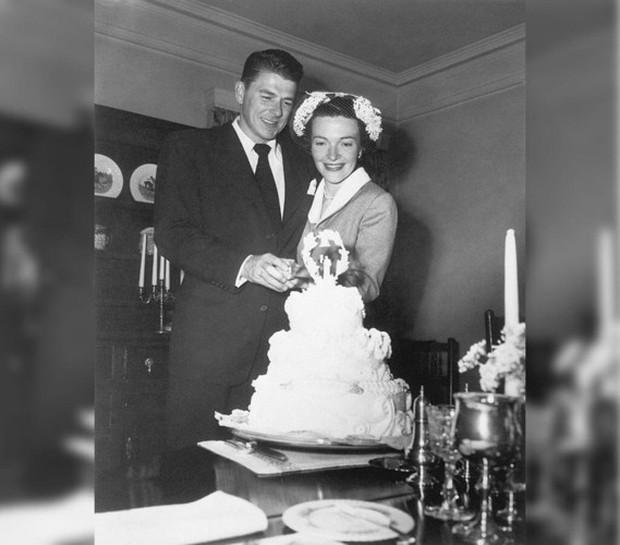 Ảnh: Khoảnh khắc ngọt ngào trong lễ cưới của các Tổng thống Mỹ - Ảnh 10.