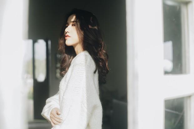 Sau hit Hôm Nay Tôi Buồn, Phùng Khánh Linh tiếp tục trở lại với sáng tác não nề không kém - Ảnh 2.