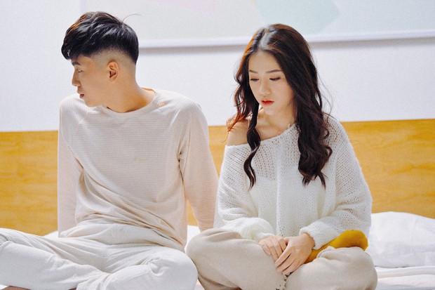 Sau hit Hôm Nay Tôi Buồn, Phùng Khánh Linh tiếp tục trở lại với sáng tác não nề không kém - Ảnh 3.