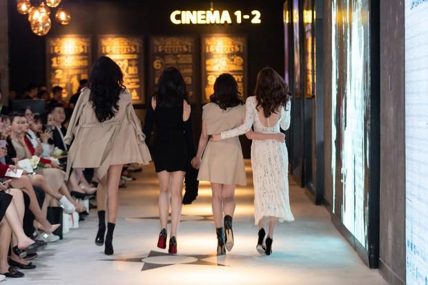 Ninh Dương Lan Ngọc rủ hội gái già sải bước catwalk, phá đảo show diễn của NTK Lâm Gia Khang - Ảnh 4.