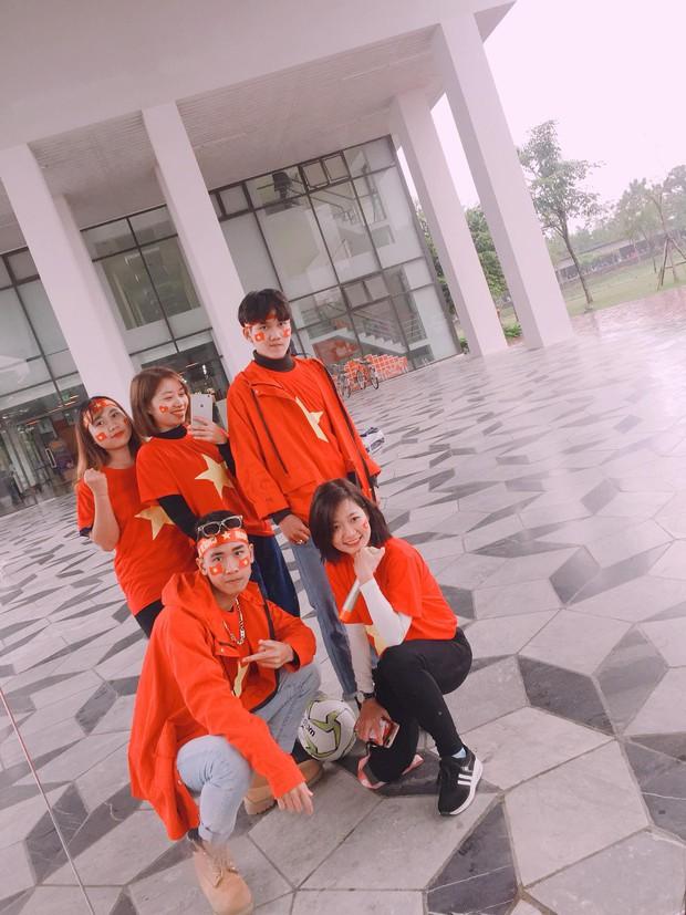 Thầy cô nước ngoài làm MV hoành tráng cỗ vũ Việt Nam: Các bạn sẽ vô địch AFF CUP 2018 vì đội bóng năm nay quá mạnh! - Ảnh 5.