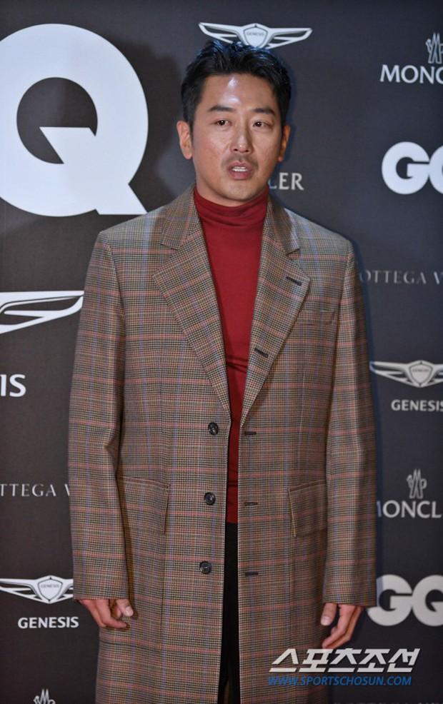 Màn chạm trán hiếm hoi của 2 nam thần: Cùng mặt đẹp như tạc, Lee Dong Wook vẫn nổi hơn Cha Eun Woo dù tóc bết? - Ảnh 9.