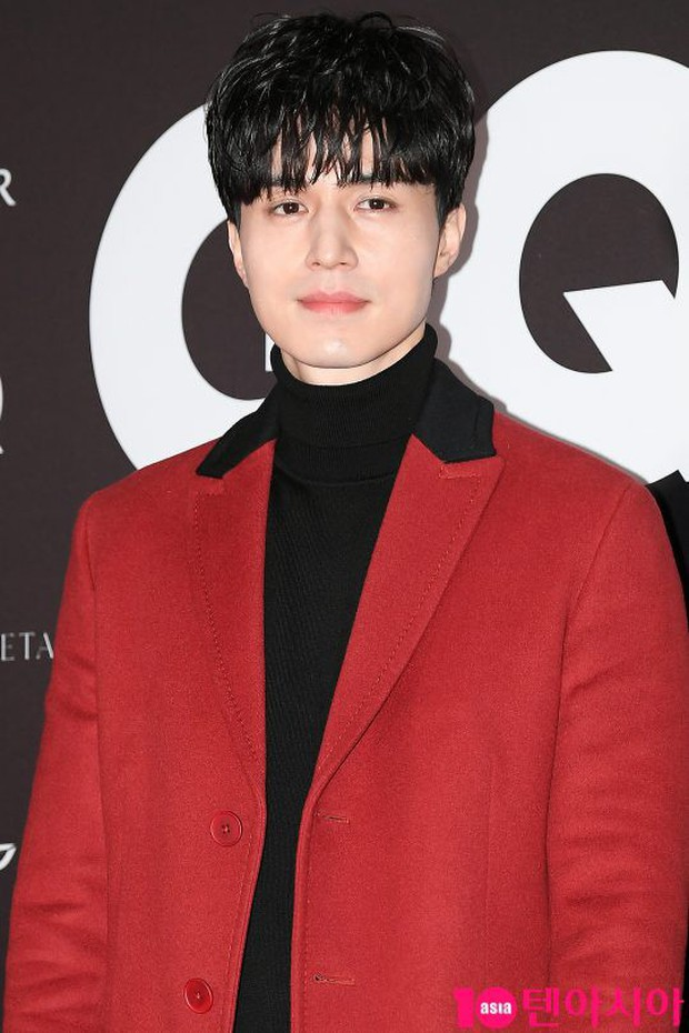 Màn chạm trán hiếm hoi của 2 nam thần: Cùng mặt đẹp như tạc, Lee Dong Wook vẫn nổi hơn Cha Eun Woo dù tóc bết? - Ảnh 3.