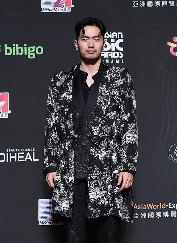 Siêu thảm đỏ MAMA Hong Kong: Angela Baby đối đầu mẹ Kim Tan, Song Joong Ki, BTS và Janet Jackson dẫn đầu dàn sao - Ảnh 32.