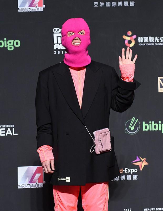 Siêu thảm đỏ MAMA Hong Kong: Angela Baby đối đầu mẹ Kim Tan, Song Joong Ki, BTS và Janet Jackson dẫn đầu dàn sao - Ảnh 38.