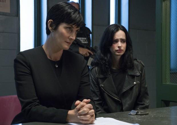 Đội siêu anh hùng Marvel trên Netflix khó lòng mà về nhà Disney trong tương lai gần - Ảnh 2.