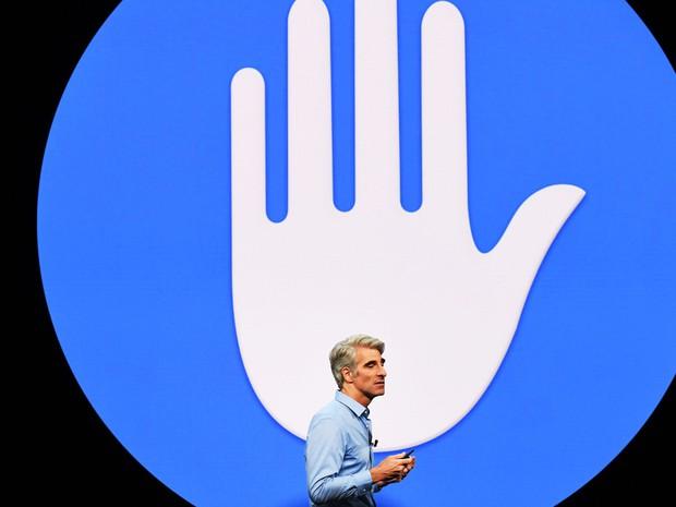 Đây là lý do khiến Facebook tránh Apple như tránh tà, rất sợ các fan dùng đồ nhà Táo - Ảnh 1.