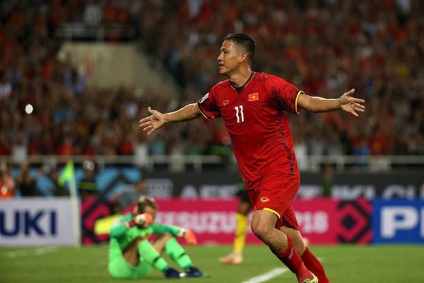 Anh Đức - cầu thủ vừa mở tỉ số cho Việt Nam: Kinh doanh từ 11 năm trước, giàu nức tiếng trong làng bóng đá - Ảnh 2.