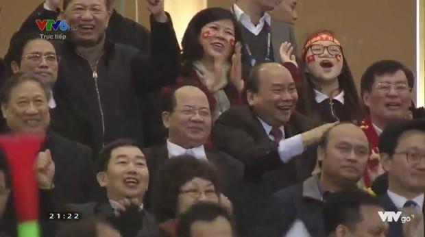 Việt Nam vô địch AFF Cup, thủ tướng Việt Nam trở thành từ khoá được tìm kiếm nhiều nhất Hàn Quốc - Ảnh 2.