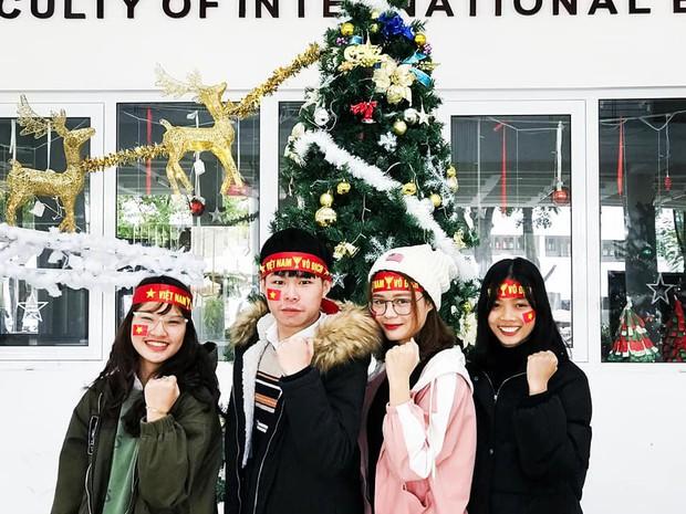 Sinh viên hàng loạt trường Đại học lớn sẵn sàng cháy hết mình cùng đội tuyển Việt Nam - Ảnh 5.