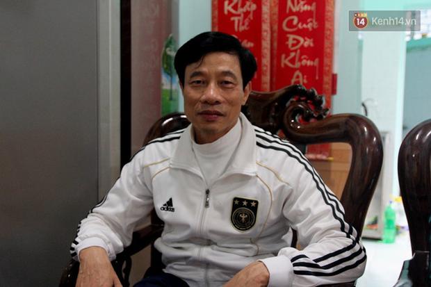 Gia đình cầu thủ Văn Đức và Trọng Hoàng dù say xe vẫn vượt 300km ra Hà Nội tiếp sức cho đội tuyển Việt Nam - Ảnh 3.