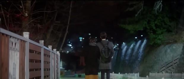 """6 màn """"trả thính"""" đáng yêu hết nấc của chị sếp Song Hye Kyo trong Encounter - Ảnh 10."""