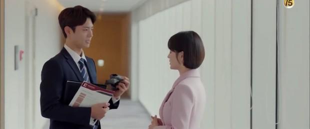 """6 màn """"trả thính"""" đáng yêu hết nấc của chị sếp Song Hye Kyo trong Encounter - Ảnh 11."""