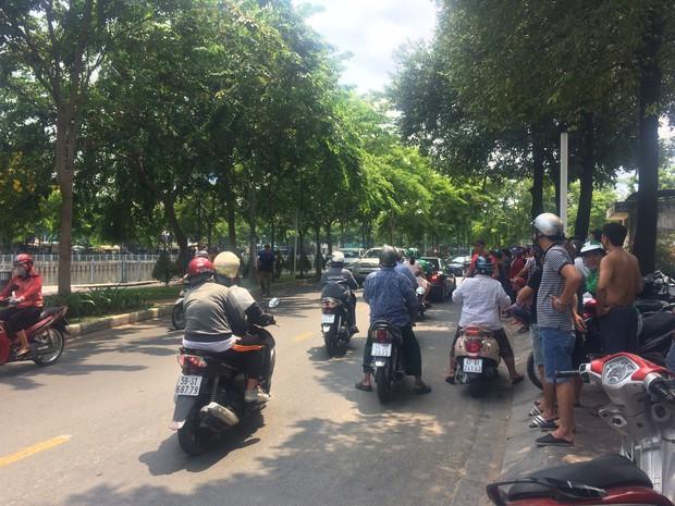 Nam giáo viên THPT Võ Thị Sáu sát hại bạn gái giữa đường vì bị từ hôn ở Sài Gòn - Ảnh 2.