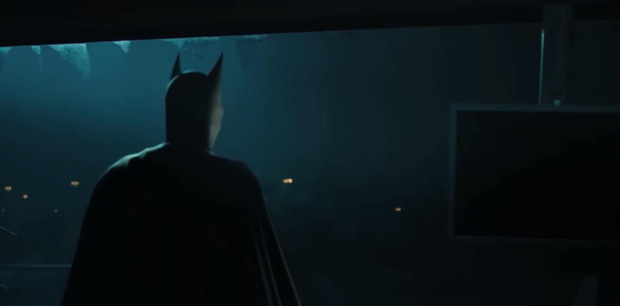 """Người Dơi bất ngờ xuất hiện trong trailer tập cuối cùng của """"Titans"""" - Ảnh 2."""