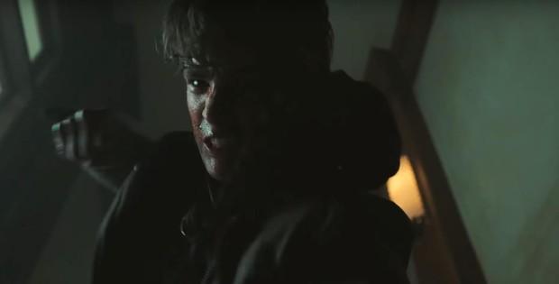 """Người Dơi bất ngờ xuất hiện trong trailer tập cuối cùng của """"Titans"""" - Ảnh 5."""