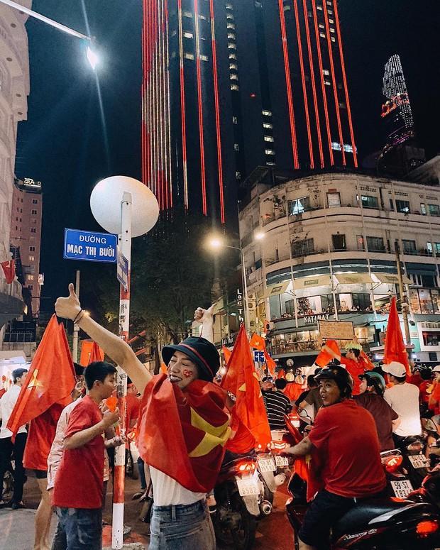 Châu Bùi, Salim, Sun HT đổ xuống phố ăn mừng Việt Nam vô địch - Ảnh 3.