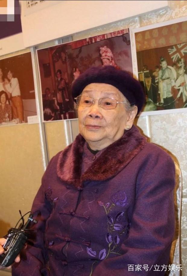 Mẹ Mai Diễm Phương tổ chức kỷ niệm 15 năm ngày mất của con gái: Thực sự thương tiếc hay chỉ là cái cớ moi tiền? - Ảnh 12.