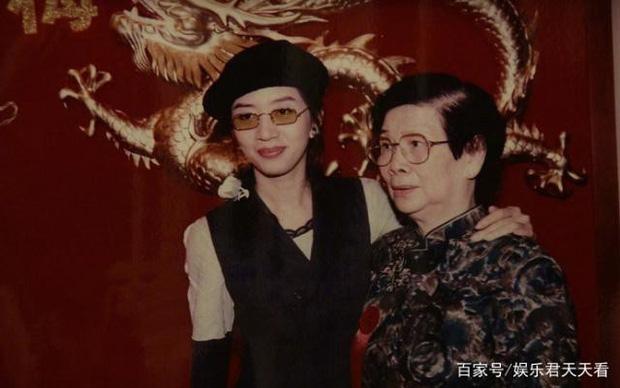 Mẹ Mai Diễm Phương tổ chức kỷ niệm 15 năm ngày mất của con gái: Thực sự thương tiếc hay chỉ là cái cớ moi tiền? - Ảnh 2.