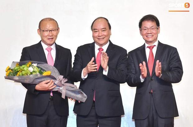 HLV Park Hang-seo: Cảm ơn bầu Đức vì đã mời tôi đến Việt Nam - Ảnh 2.