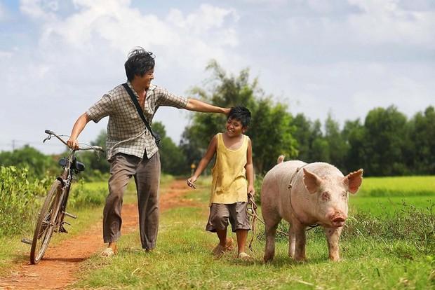 Cùng phận gà trống nuôi con nhưng cách hai người cha này khiến khán giả phim Việt rung động thật khác! - Ảnh 4.