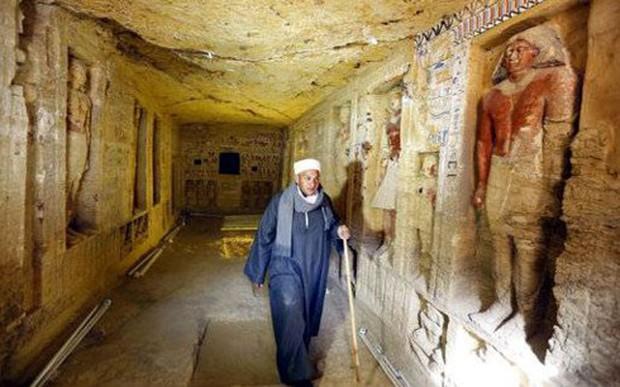 Phát lộ mộ cổ gần 5.000 năm tuổi tại Ai Cập - Ảnh 1.