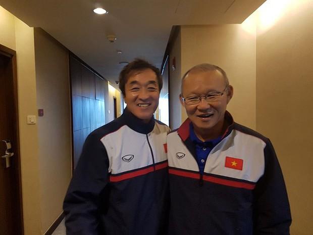 Mải miết tung hô thầy Park, chúng ta đã quên mất HLV Lee Young-jin - người hùng thầm lặng của đội tuyển Việt Nam - Ảnh 3.
