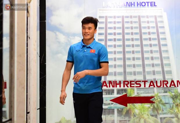 Quang Hải, Tiến Dũng và Đức Chinh rời đội tuyển Việt Nam ngay trong đêm - Ảnh 3.