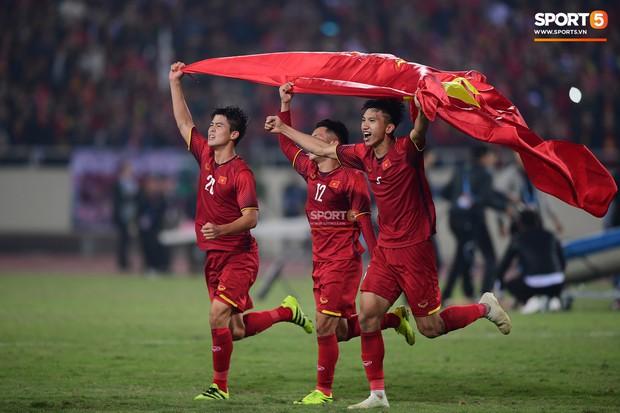 Chưa thi đấu, đội tuyển Việt Nam đã lập liên tiếp kỷ lục tại Asian Cup 2019 - Ảnh 1.