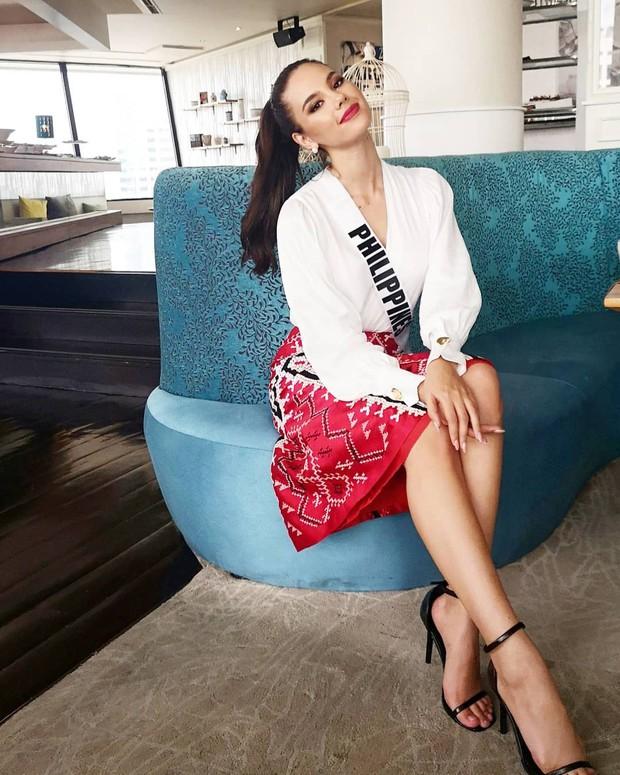 Style của tân Hoa hậu Hoàn vũ Catriona Gray: từ đầu đến cuối đều lộng lẫy như bà hoàng, phần nào đoán được trước cái kết viên mãn - Ảnh 8.