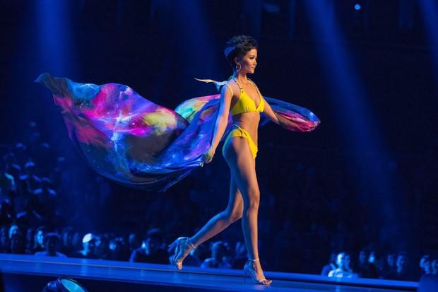 Người đẹp Philippines đăng quang Miss Universe 2018, HHen Niê dừng chân đầy tiếc nuối tại Top 5 - Ảnh 20.