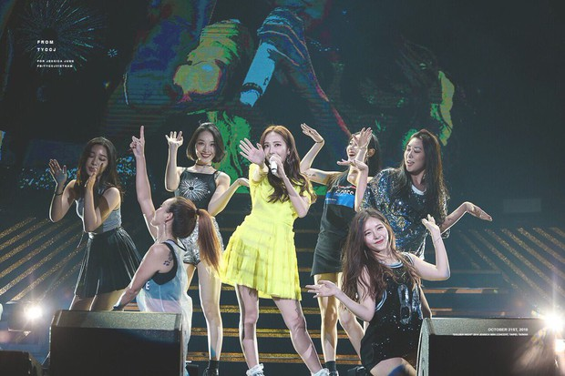 Diện chung 1 mẫu váy, Taeyeon ấn tượng hơn hẳn Jessica chỉ nhờ một chi tiết - Ảnh 3.