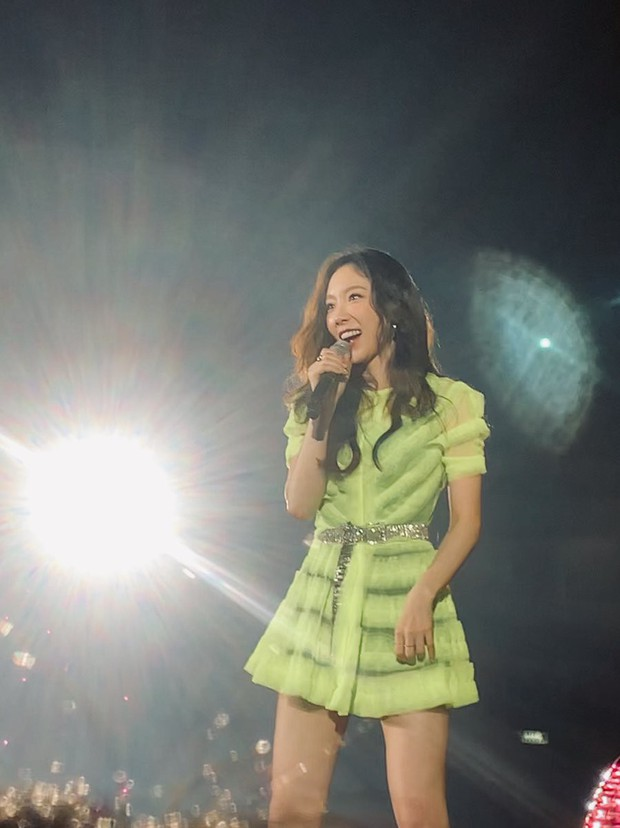 Diện chung 1 mẫu váy, Taeyeon ấn tượng hơn hẳn Jessica chỉ nhờ một chi tiết - Ảnh 6.