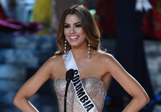 Không chỉ HHen Niê, nhiều thí sinh Miss Universe cũng gặp khó về ngôn ngữ: Người vẫn đăng quang, kẻ tiếc nuối vụt mất vương miện - Ảnh 6.